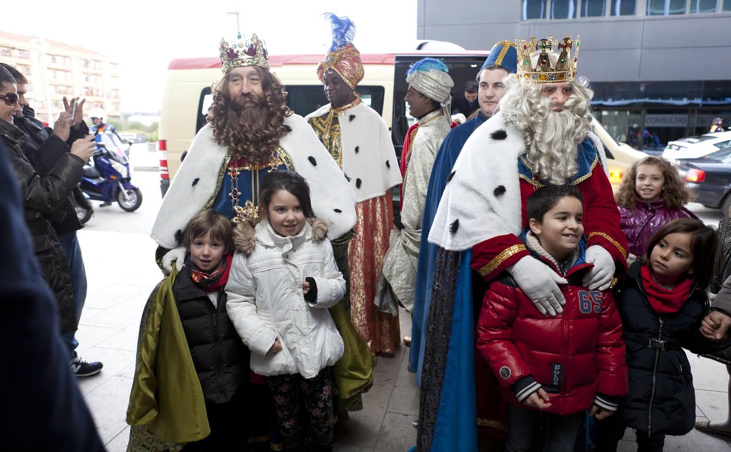 Los Reyes visitan el Hospital San Pedro