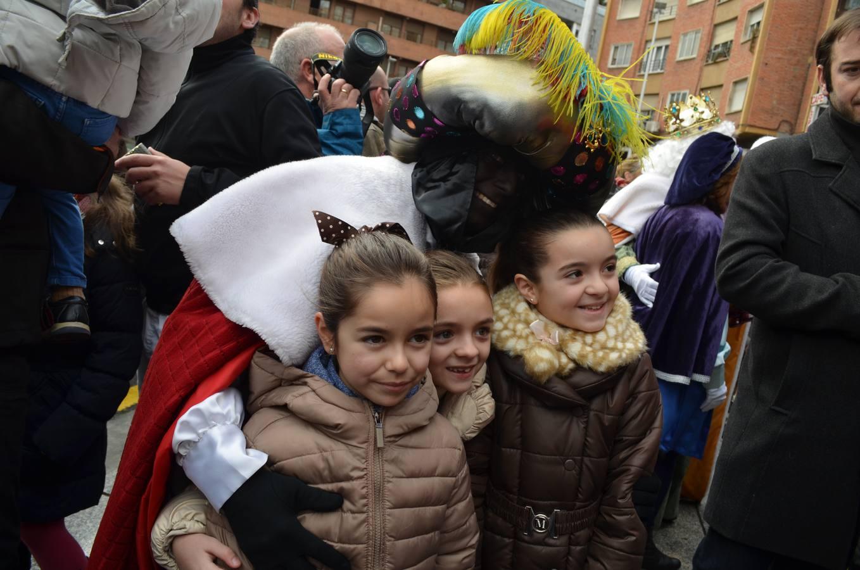 Calahorra disfruta de la visita de los Reyes y de la Cabalgata