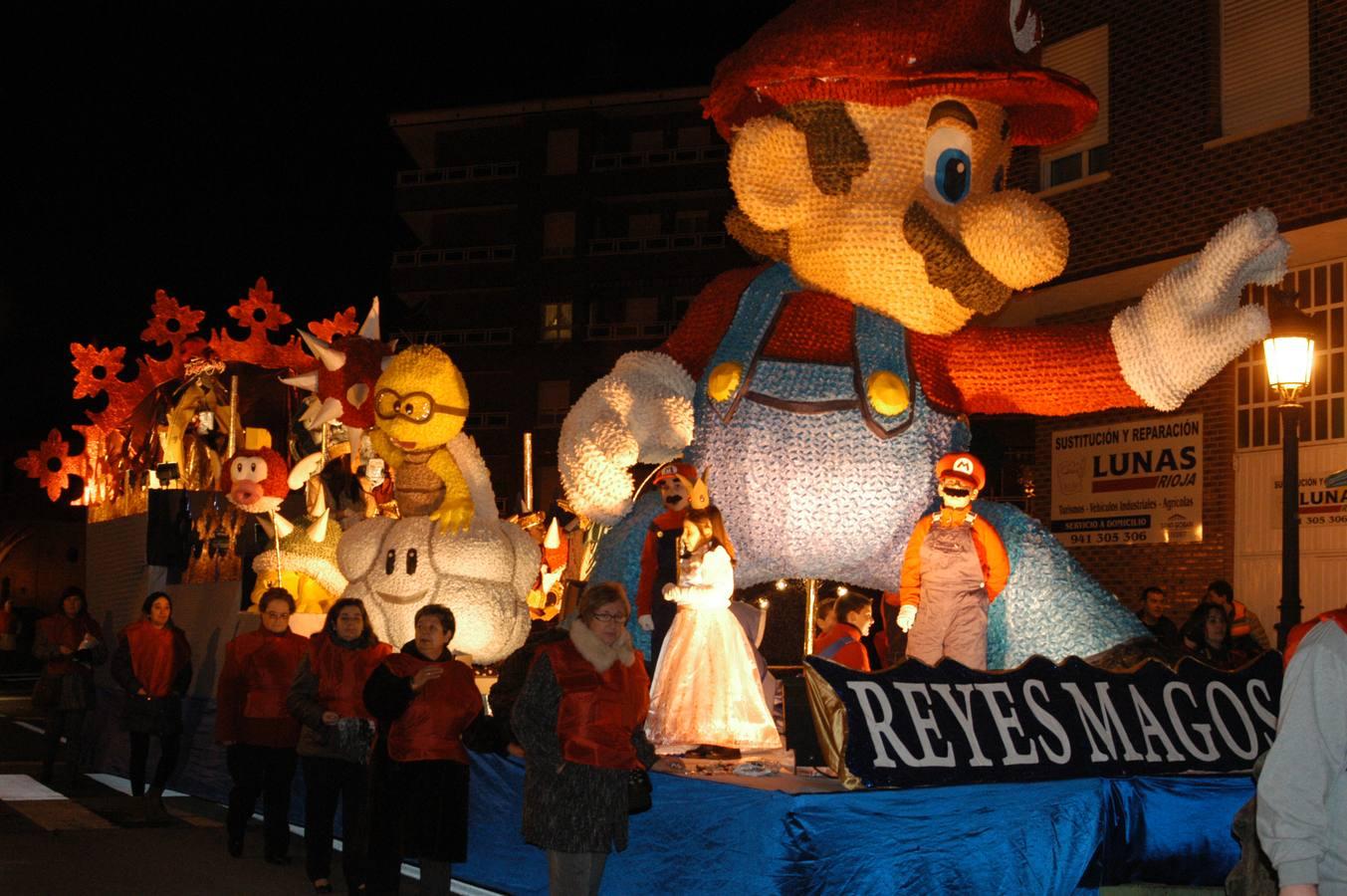 Los niños jarreros reciben a los Reyes