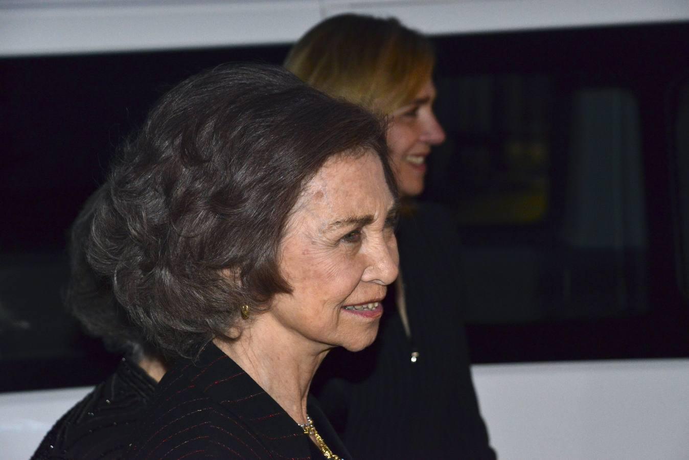La Reina y sus hijos conmemoran en Grecia el 50 aniversario de la muerte de Pablo I